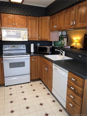 2794 Woodridge Drive, Fort Mill, SC 29715 (#3461248) :: Miller Realty Group