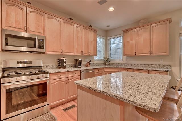 15922 Wayland Drive, Charlotte, NC 28277 (#3461316) :: MartinGroup Properties