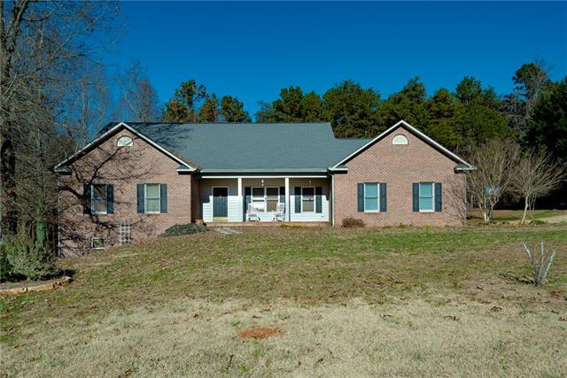6494 Keeneland Trail, Vale, NC 28168 (#3461401) :: Exit Mountain Realty