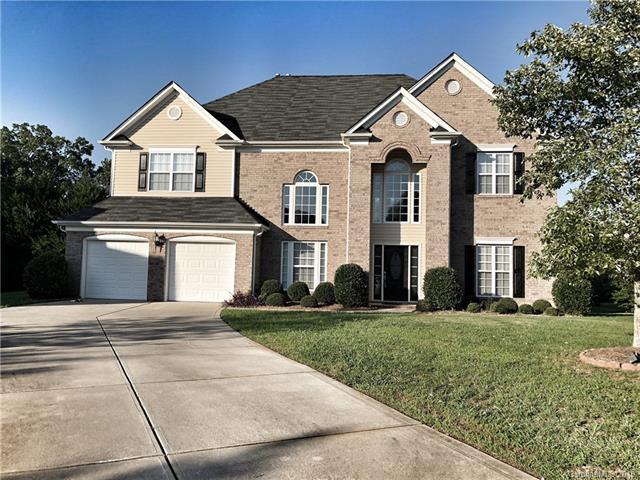 4654 Arborview Drive, Harrisburg, NC 28075 (#3461413) :: Carlyle Properties