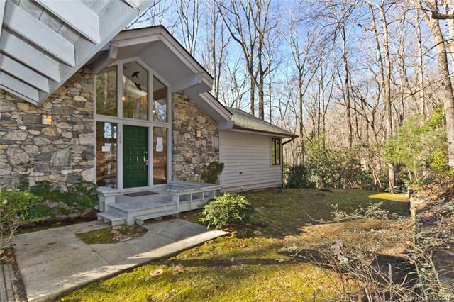 189 Timber Creek Road, Hendersonville, NC 28739 (#3461893) :: Carlyle Properties