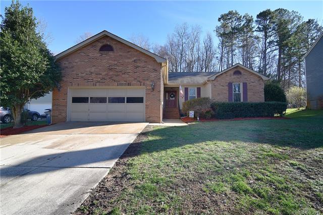 2644 Brightmoor Ridge Drive, Matthews, NC 28105 (#3461915) :: Exit Mountain Realty
