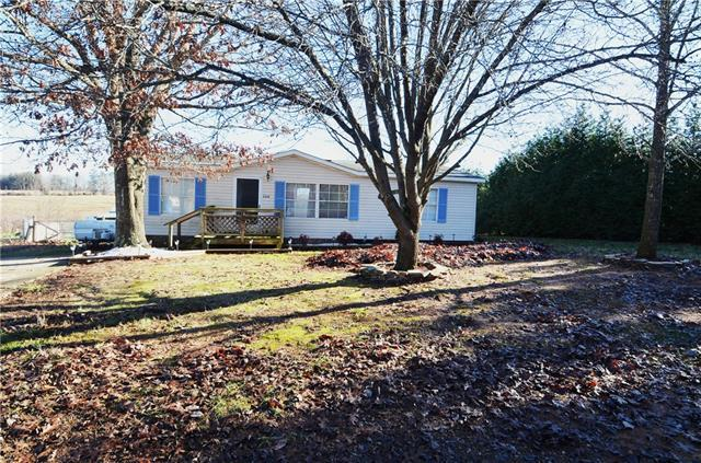 3430 Stony Brook Circle, Newton, NC 28658 (#3461962) :: Cloninger Properties