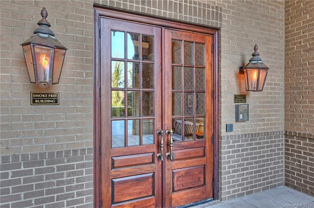 3240 Park Road #3240, Charlotte, NC 28209 (#3462034) :: The Ramsey Group
