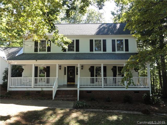 422 Sabot Lane, Matthews, NC 28105 (#3462133) :: Exit Mountain Realty