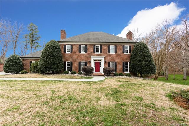 4017 Moorland Drive, Charlotte, NC 28226 (#3462433) :: The Temple Team