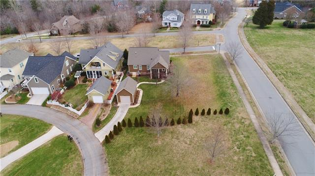 1901 4th Street Lane NW, Hickory, NC 28601 (#3463697) :: Mossy Oak Properties Land and Luxury
