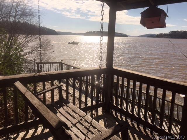 286 Shoreline Road, New London, NC 28127 (#3463738) :: Mossy Oak Properties Land and Luxury