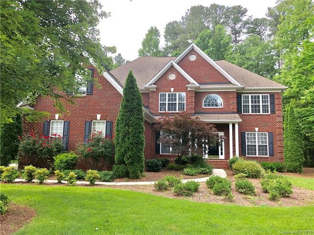 1004 Antioch Woods Drive, Matthews, NC 28104 (#3463854) :: Exit Mountain Realty