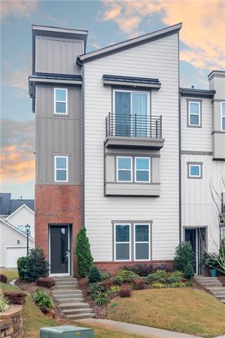 3220 Moss Lane, Charlotte, NC 28206 (#3463917) :: MartinGroup Properties