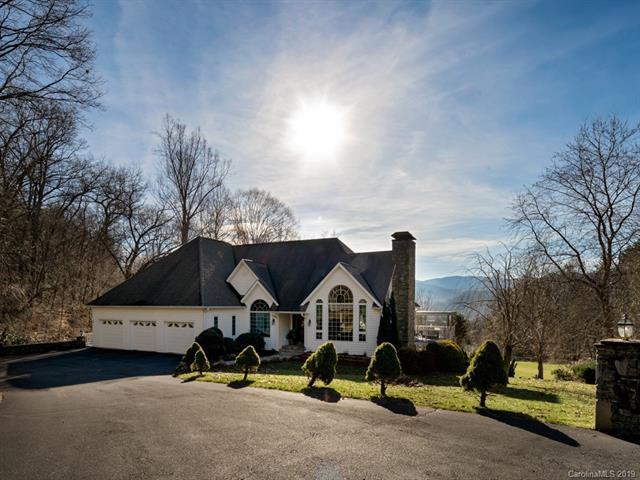 242 Laurel Ridge Drive, Waynesville, NC 28786 (#3463919) :: Puffer Properties