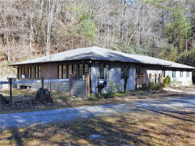9526 Rosman Highway, Rosman, NC 28772 (#3464183) :: LePage Johnson Realty Group, LLC