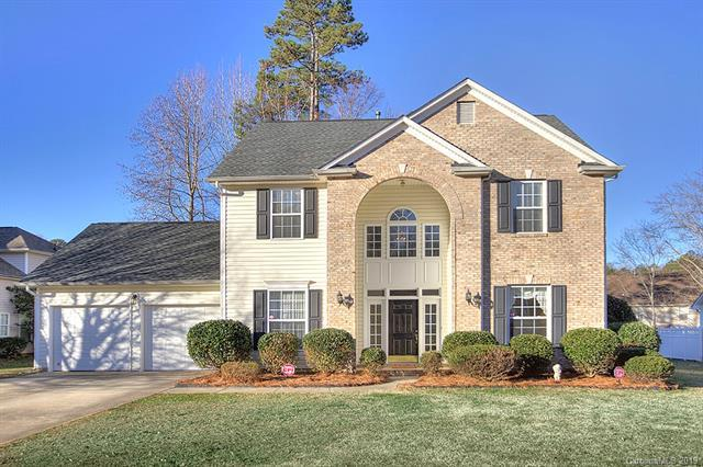2425 Windsor Chase Drive, Matthews, NC 28105 (#3464302) :: The Ramsey Group