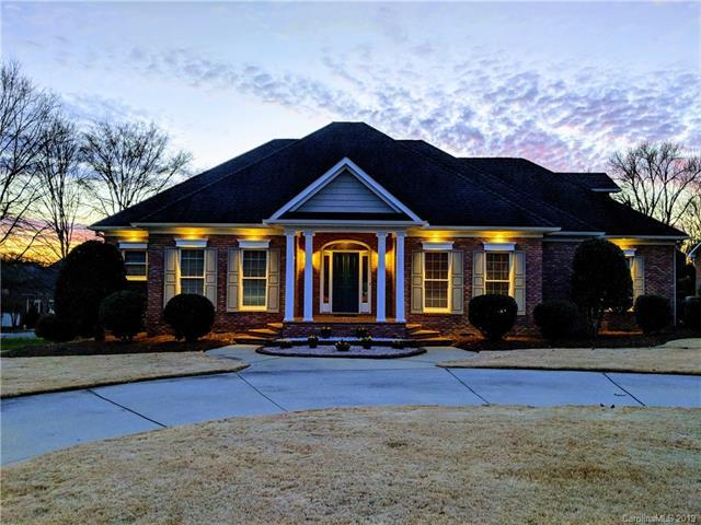 8004 Bay Pointe Drive, Denver, NC 28037 (#3464326) :: Exit Mountain Realty