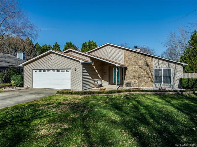 10118 Fairway Ridge Road, Charlotte, NC 28277 (#3464394) :: Carlyle Properties