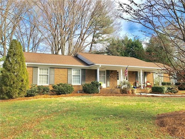 5554 Lansing Drive, Charlotte, NC 28270 (#3464461) :: Exit Mountain Realty
