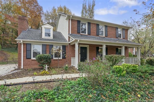 6205 Oak Glen Lane, Charlotte, NC 28277 (#3464598) :: Exit Mountain Realty