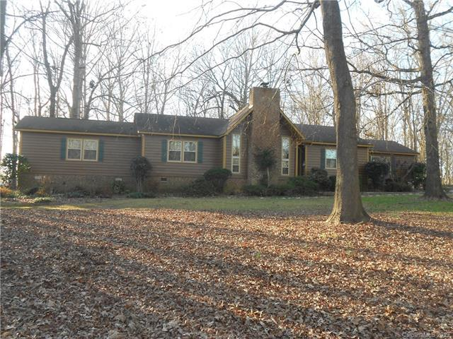 2602 Dellwood Drive, Monroe, NC 28112 (#3464647) :: Exit Mountain Realty