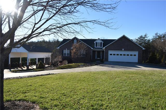 4215 Greenfield Place, Boomer, NC 28606 (#3464684) :: Exit Mountain Realty