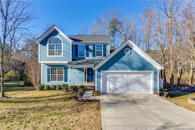 9900 Applevalley Court, Charlotte, NC 28269 (#3464761) :: Exit Mountain Realty