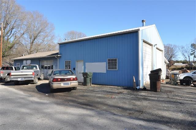 130 Valley Avenue, Lincolnton, NC 28092 (#3464952) :: Exit Mountain Realty