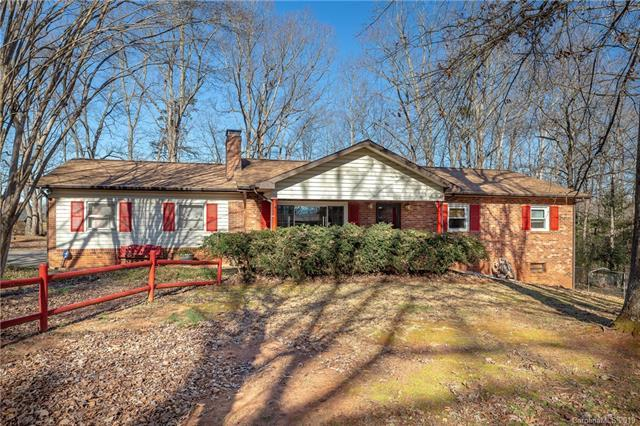 220 Grandview Avenue, Morganton, NC 28655 (#3465261) :: Exit Mountain Realty