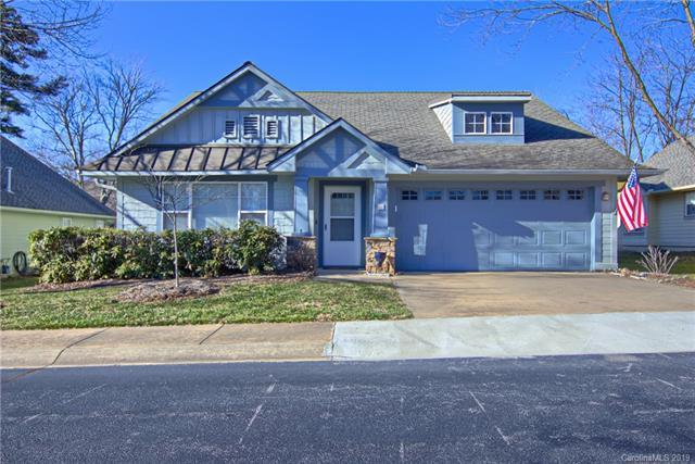 12 Gray Wolf Lane, Hendersonville, NC 28792 (#3465303) :: Roby Realty