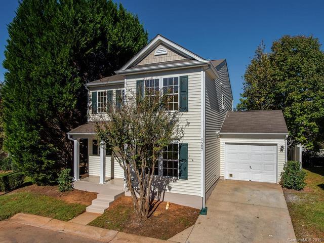 1507 Saffron Court, Charlotte, NC 28215 (#3465321) :: Exit Mountain Realty