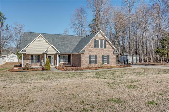 1105 Sunnyfield Court L 6 & L 2, Dallas, NC 28034 (#3465322) :: Carlyle Properties