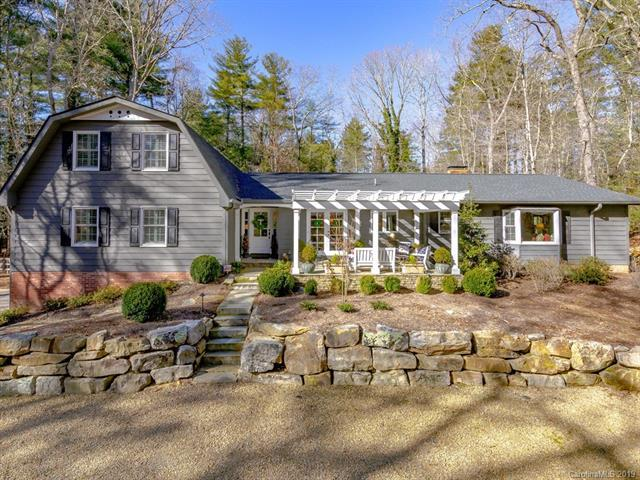 107 Estate Drive, Hendersonville, NC 28739 (#3465348) :: Puffer Properties