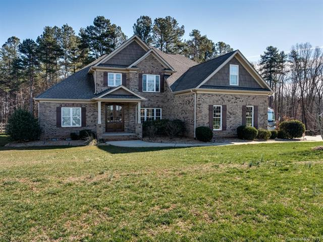 136 Orchard Farm Lane, Mooresville, NC 28117 (#3465391) :: The Sarah Moore Team