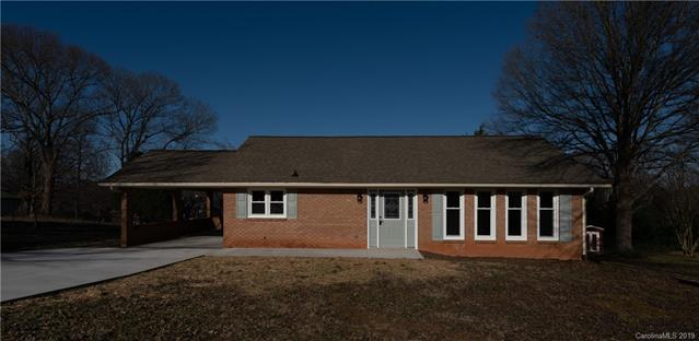 2570 Belshire Drive, Conover, NC 28613 (#3465489) :: Exit Mountain Realty