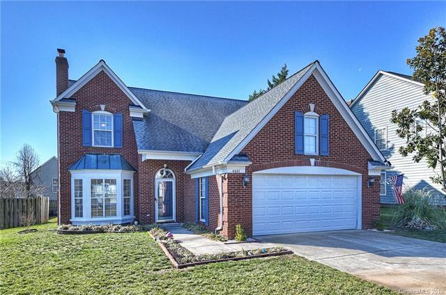 4601 Brownes Ferry Road, Charlotte, NC 28269 (#3465500) :: Exit Mountain Realty