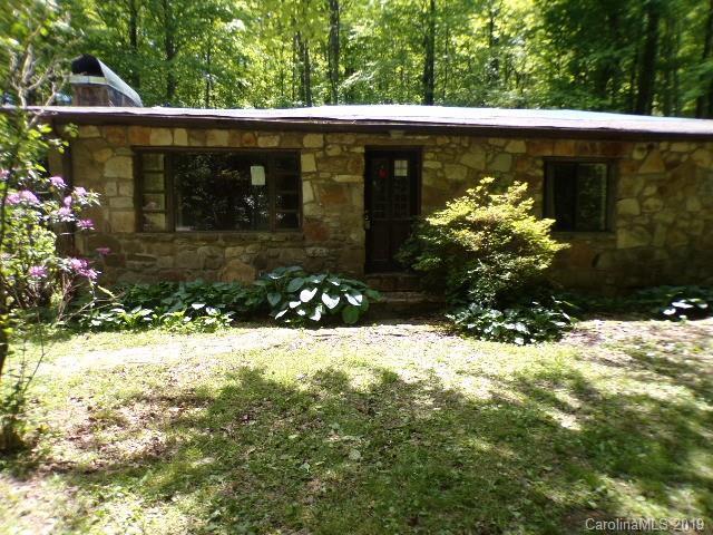 474 Twin Ponds Lane, Lake Toxaway, NC 28747 (#3465715) :: Scarlett Real Estate