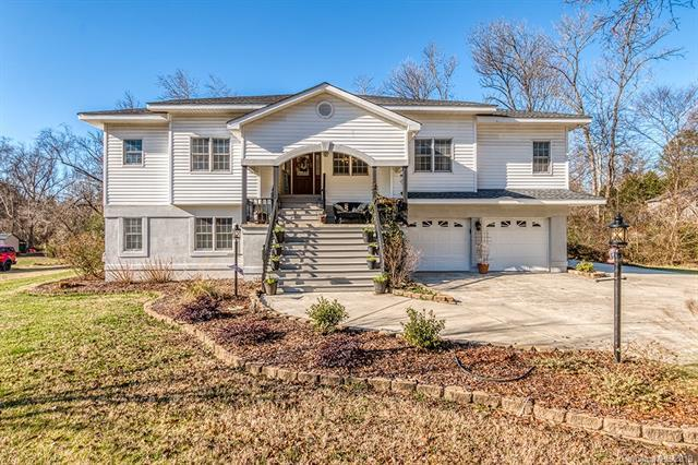 2887 Forest Hills Circle, Rock Hill, SC 29732 (#3465814) :: LePage Johnson Realty Group, LLC
