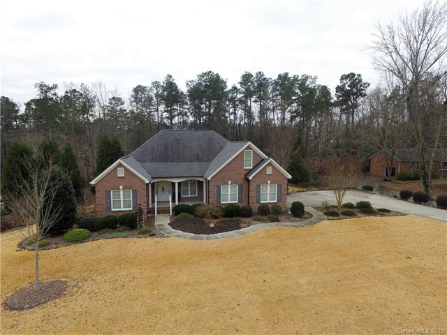160 Williamsburg Lane, Wadesboro, NC 28170 (#3465844) :: High Performance Real Estate Advisors