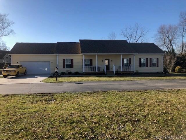230 Blue Heron Drive, Mills River, NC 28759 (#3465999) :: Carolina Real Estate Experts