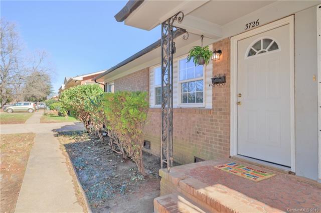 3726 Rosehaven Drive, Charlotte, NC 28205 (#3466002) :: Johnson Property Group - Keller Williams