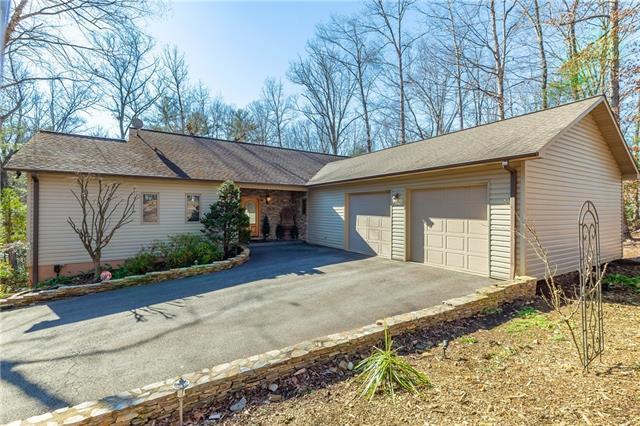 105 Willowridge Drive, Morganton, NC 28655 (#3466045) :: Exit Mountain Realty