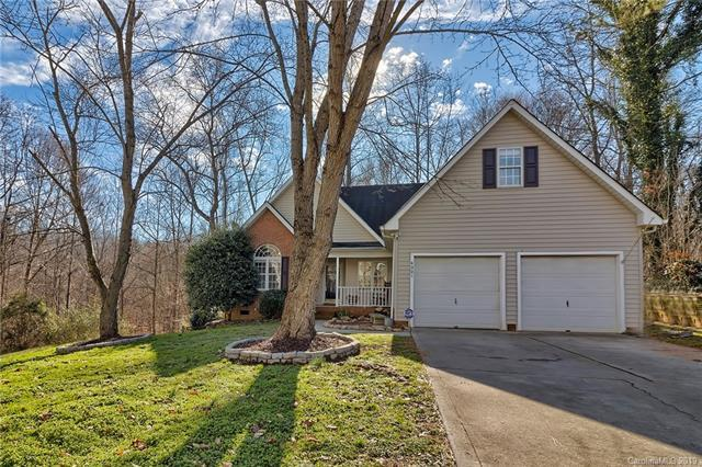 4301 Stonefield Drive, Charlotte, NC 28269 (#3466086) :: The Ramsey Group