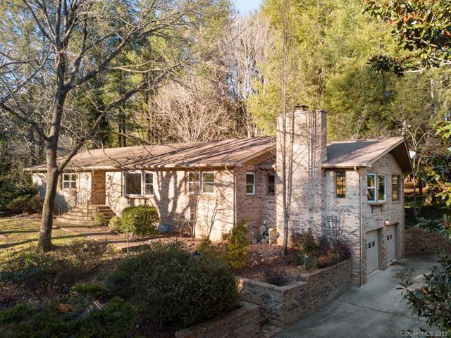 19 Legendary Road, Hendersonville, NC 28739 (#3466134) :: Besecker Homes Team