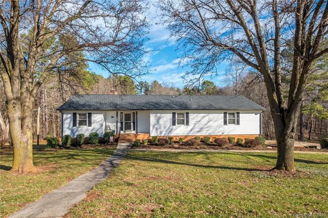 6667 Bob White Trail, Stanley, NC 28164 (#3466242) :: The Ramsey Group