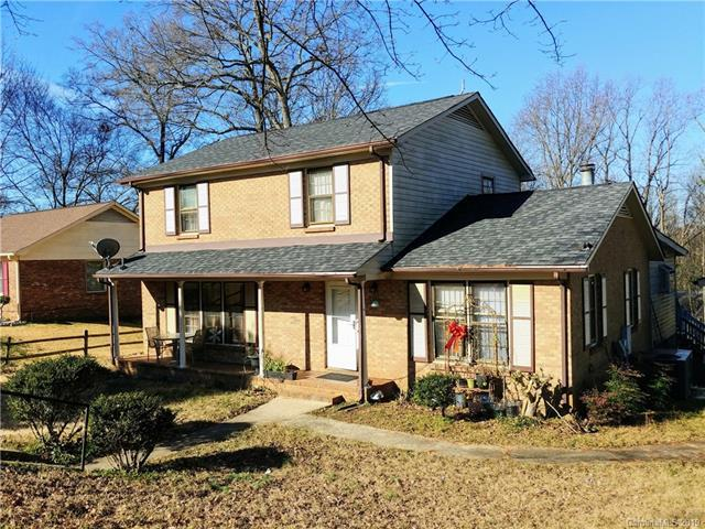 500 Short Hills Drive, Charlotte, NC 28217 (#3466265) :: High Performance Real Estate Advisors