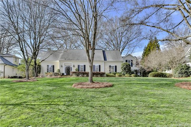 3908 Foxcroft Road, Charlotte, NC 28211 (#3466398) :: Exit Mountain Realty