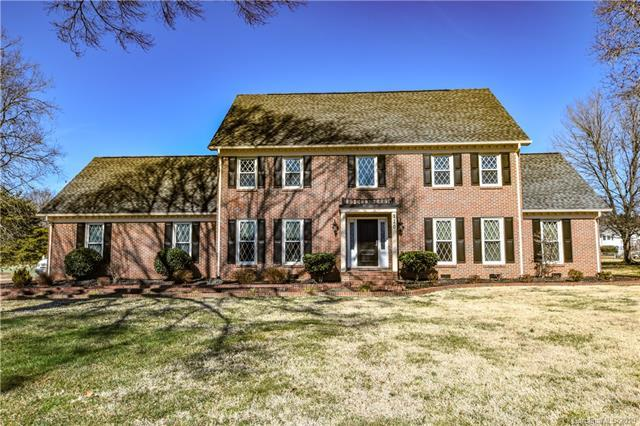120 Old Squaw Road #40, Mooresville, NC 28117 (#3466625) :: Rinehart Realty