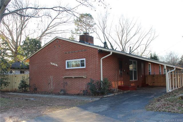 926 Woodlawn Road E, Charlotte, NC 28209 (#3466987) :: Homes Charlotte