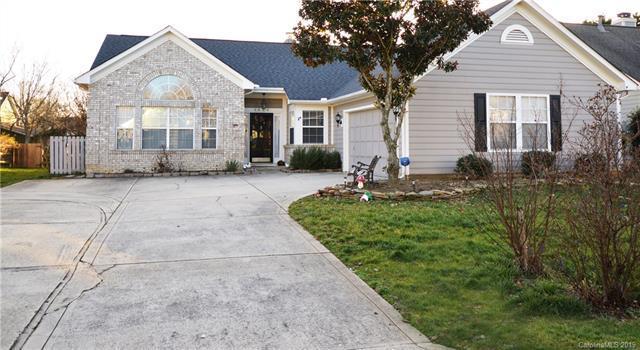 6804 Flat Creek Drive, Charlotte, NC 28277 (#3467482) :: Keller Williams South Park