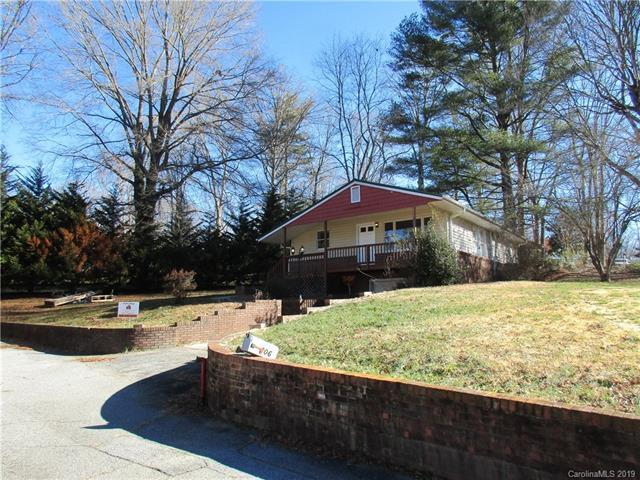 206 Red Bow Lane, Hendersonville, NC 28791 (#3467606) :: MartinGroup Properties