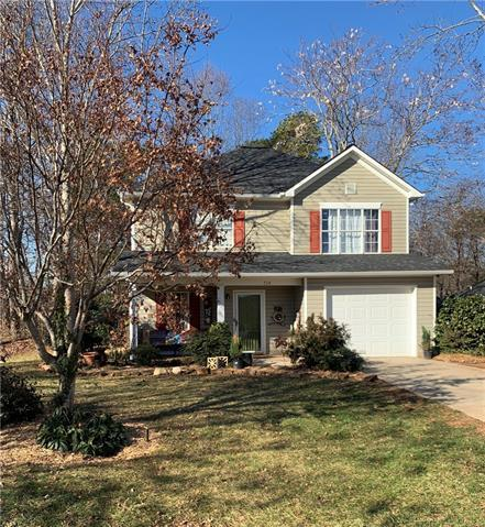734 41st Ave Drive NE, Hickory, NC 28601 (#3467834) :: Exit Mountain Realty
