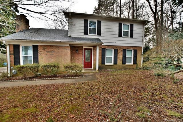 7200 Lake Drive, Matthews, NC 28104 (#3467875) :: Exit Mountain Realty